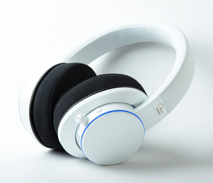 (PR) Creative Unveils World's First Super X-Fi Headphones