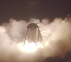 SpaceX StarHopper Rocket Completes First Untethered Hover Test With Ferocious Raptor Engine