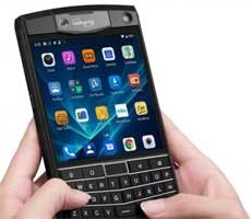Unihertz Titan Is An Android-Fueled BlackBerry Passport Clone For Keyboard Fans