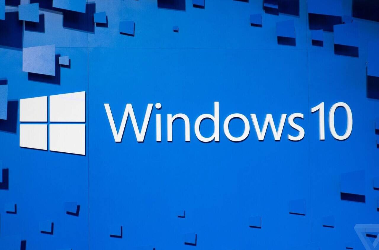 Windows 10 Market Share Drops Between March and April