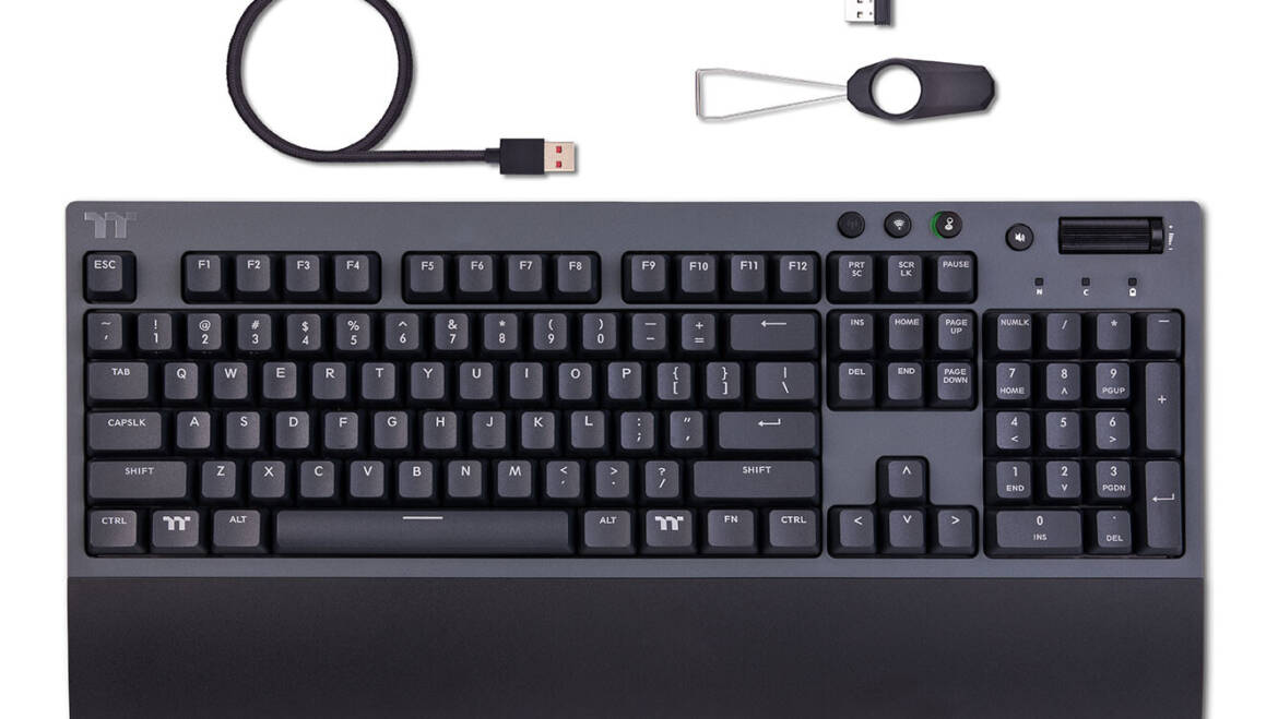 (PR) Thermaltake Introduces the W1 WIRELESS Mechanical Gaming Keyboard