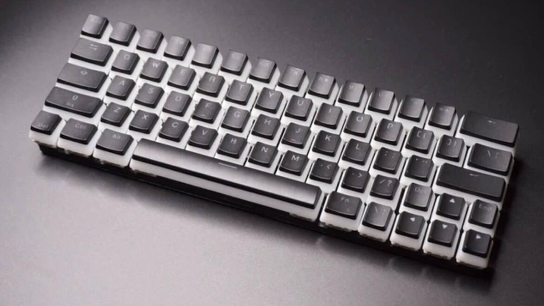 Bizarre/Interesting Tech on Crowdfunding Platforms: CharaChorder Lite Multistroke Keyboard